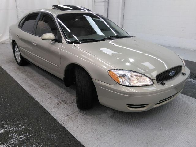 2007 Ford Taurus SEL in St. Louis, MO 63043