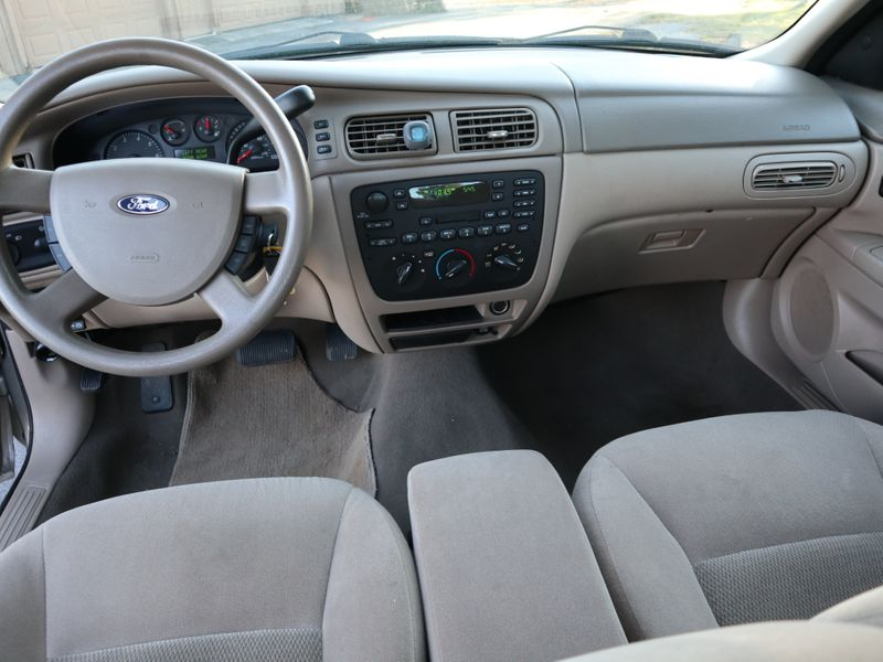 2007 Ford Taurus SE  in Maryville, TN