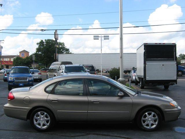 2007 Ford Taurus SEL Richmond, Virginia 4