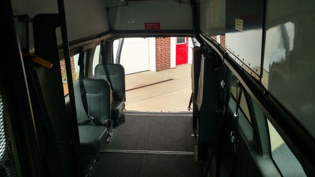 2007 Ford Wheelchair Van ADA Raised Roof Alliance, Ohio 5