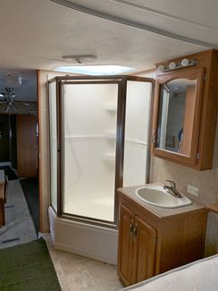 2007 Forest River Cardinal 36LE   city Florida  RV World Inc  in Clearwater, Florida