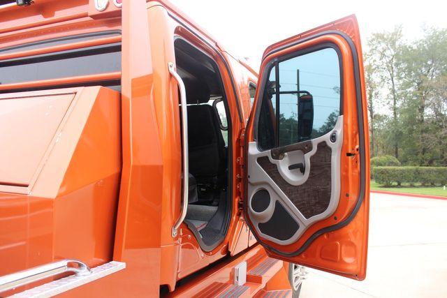 2007 Freightliner M2 106 SportChassis RHA114 Luxury Hauler CONROE, TX 16