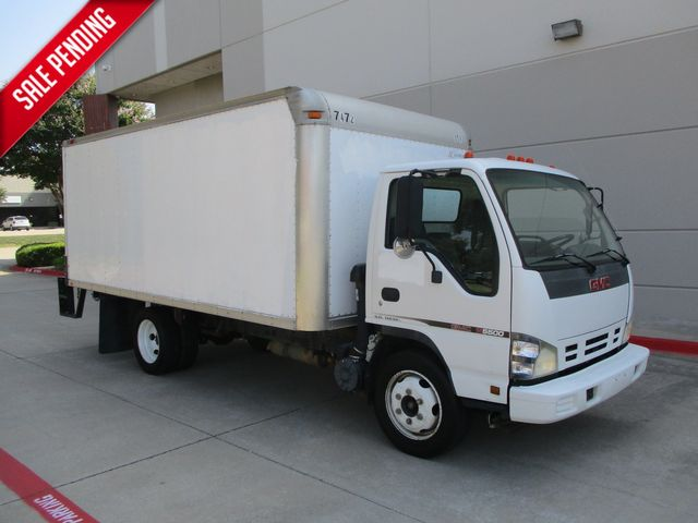 2007 Gmc/Isuzu W5S042 W5500 DSL REG Box Van in Plano, Texas 75074