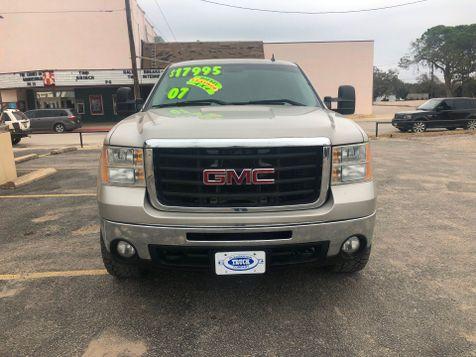 2007 GMC Sierra 3500HD SRW SLT | Pleasanton, TX | Pleasanton Truck Company in Pleasanton, TX