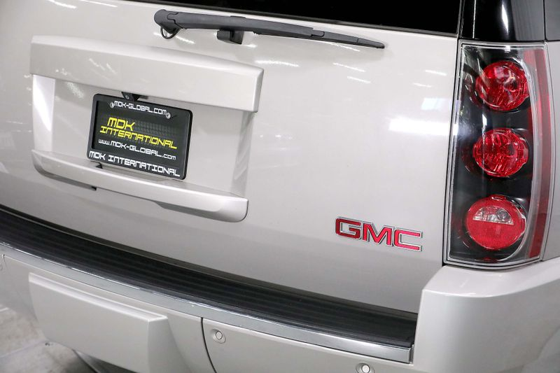 2007 GMC Yukon Denali - AWD - 62L - DVD - Navigation  city California  MDK International  in Los Angeles, California