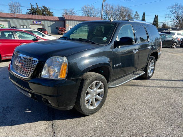 2007 GMC Yukon Denali 4d SUV 4WD Denali in Coal Valley, IL 61240