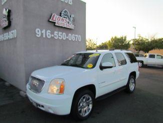 2007 GMC Yukon SLT 4 x 4 in Sacramento, CA 95825