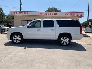 2007 GMC Yukon XL SLT in Devine, Texas 78016