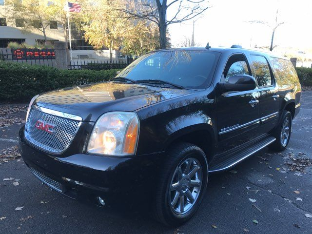 2007 GMC Yukon XL 1500 Denali in Knoxville, Tennessee 37920