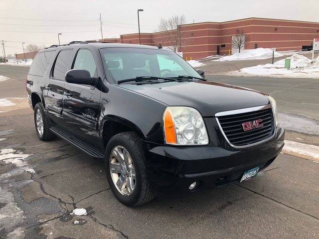 2007 GMC Yukon XL SLT Maple Grove, Minnesota 1