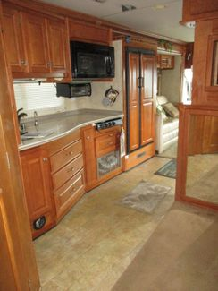 2008 Gulf Stream Crescendo 8390  city Florida  RV World of Hudson Inc  in Hudson, Florida