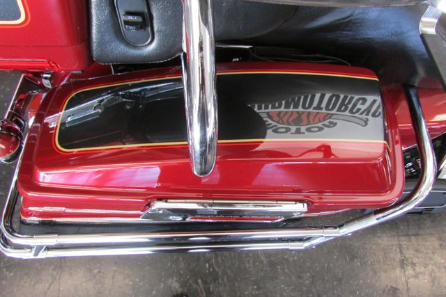 2007 Harley-Davidson Electra Glide® Ultra Classic® Arlington, Texas 11
