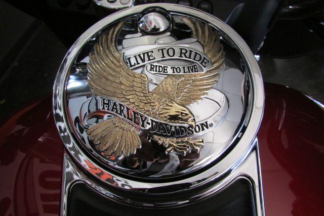 2007 Harley-Davidson Electra Glide® Ultra Classic® Arlington, Texas 31