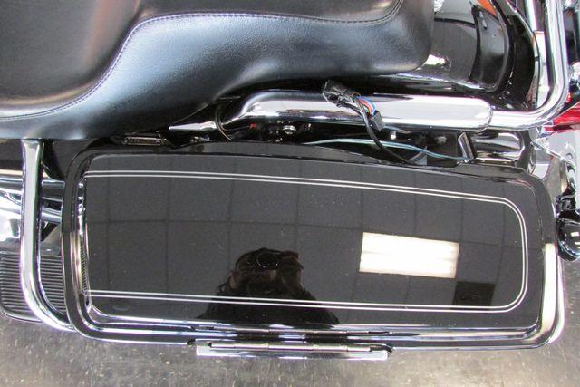 2007 Harley-Davidson Electra Glide® Ultra Classic® Arlington, Texas 32