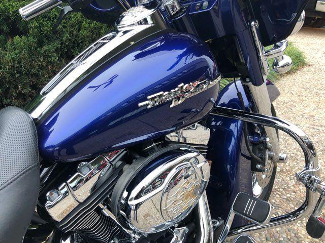 2007 Harley-Davidson Street Glide Base in McKinney, TX 75070