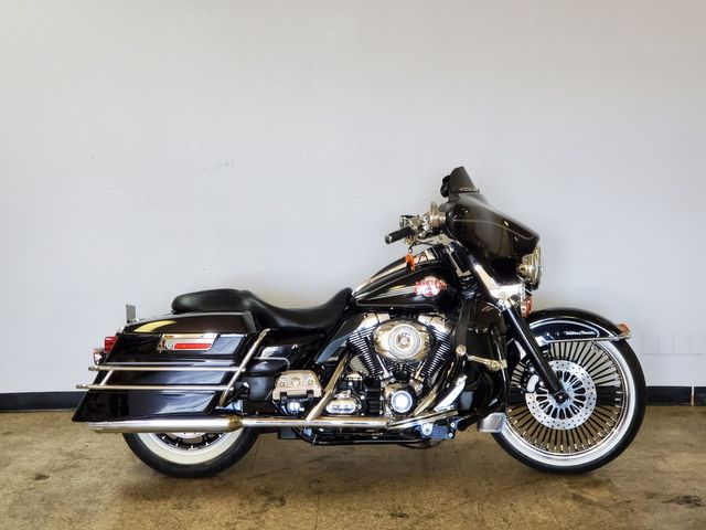 2007 Harley-Davidson Ultra Classic Electra Glide FLHTCU in Fort Worth , Texas 76111