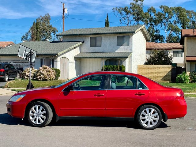 2007 Honda ACCORD SE SEDAN V6 SUNROOF LEATHER SUNROOF NEW TIRES SERVICE RECORDS in Van Nuys, CA 91406
