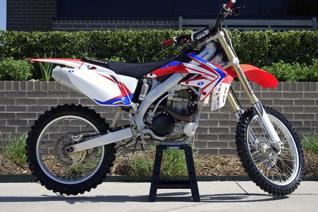 2007 Honda CRF450R ** THIS BIKE IS MONSTER **