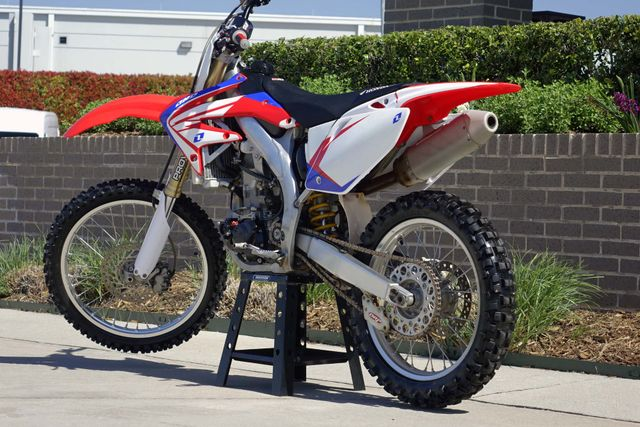 2007 Honda CRF450R ** THIS BIKE IS MONSTER ** in Carrollton, TX 75006