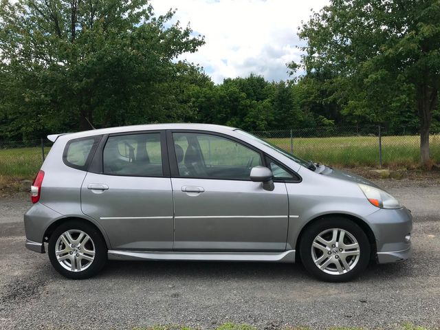 2007 Honda Fit Sport Ravenna, Ohio 4