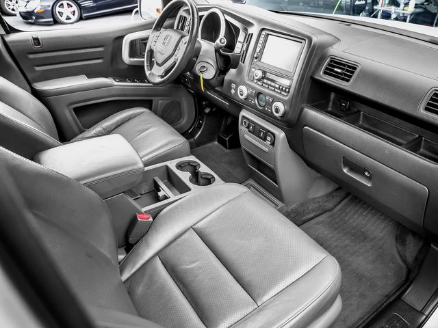 2007 Honda Ridgeline RTL w/Leather & Navi Burbank, CA 13