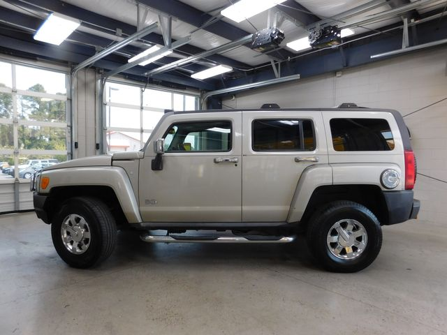 2007 Hummer H3 SUV in Airport Motor Mile ( Metro Knoxville ), TN 37777