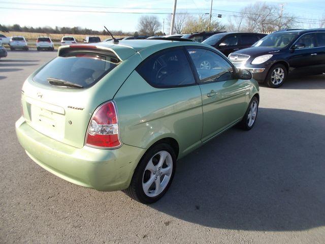 2007 Hyundai Accent SE Shelbyville, TN 12