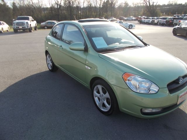 2007 Hyundai Accent SE Shelbyville, TN 9