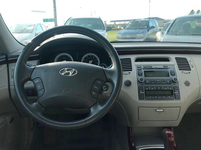 2007 Hyundai Azera Limited Ravenna, Ohio 8