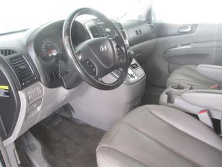 2007 Hyundai Entourage Limited Gardena, California 4