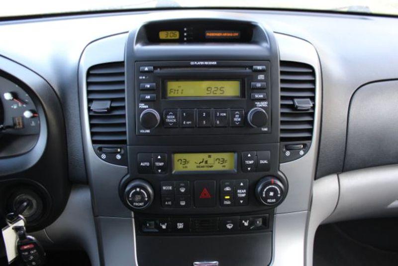 2007 Hyundai Entourage SE  city MT  Bleskin Motor Company   in Great Falls, MT