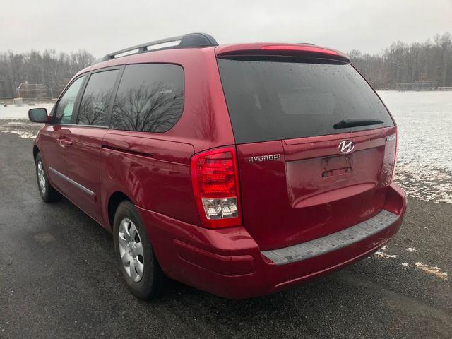 2007 Hyundai Entourage GLS Ravenna, Ohio 2