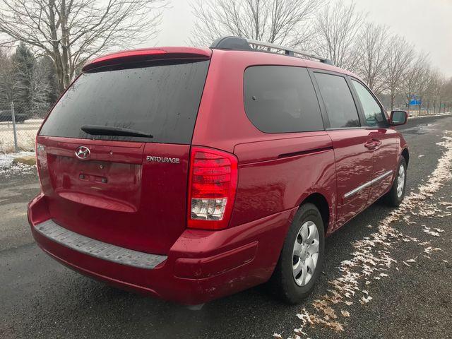 2007 Hyundai Entourage GLS Ravenna, Ohio 3