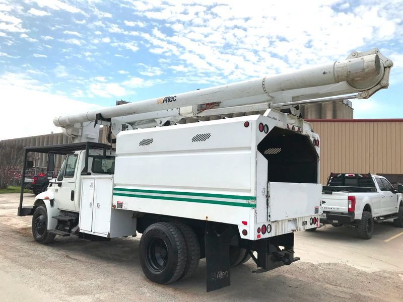 2007 International 4300 FORESTRY BUCKET TRUCK   city TX  North Texas Equipment  in Fort Worth, TX
