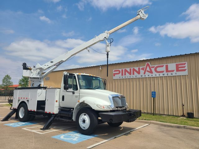 2007 International 4300 SBA COMMANDER 4047 DIGGER DERRICK COMMANDER 4047 3 SHEAVE DIGGER DT466 INTERNATIONAL