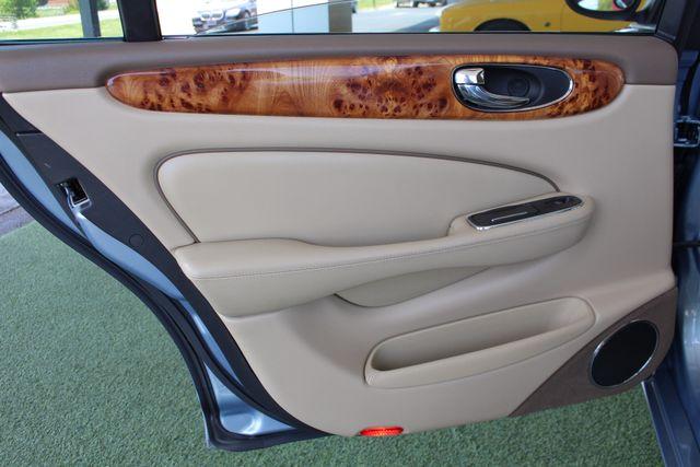 2007 Jaguar XJ XJ8 L RWD - NAVIGATION - SUNROOF! Mooresville , NC 46