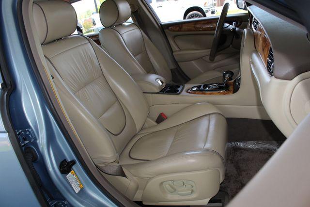 2007 Jaguar XJ XJ8 L RWD - NAVIGATION - SUNROOF! Mooresville , NC 14