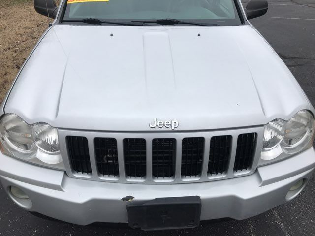 2007 Jeep-Carfax Clean! 4x4! Grand Cherokee-LEATHER! MOONROOF! Laredo-BUY HERE PAY HERE! Knoxville, Tennessee 29