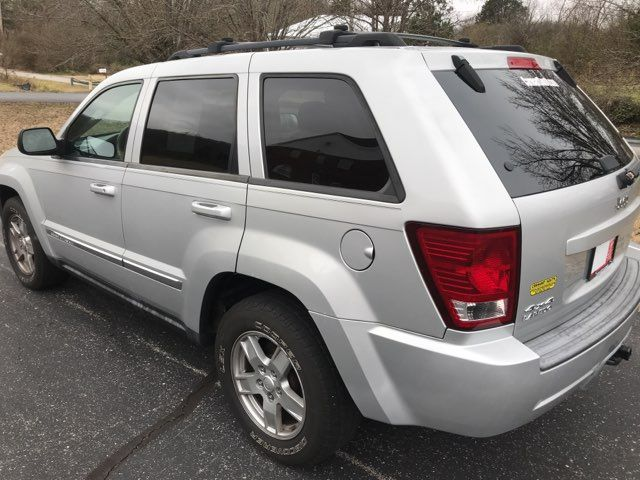 2007 Jeep-Carfax Clean! 4x4! Grand Cherokee-LEATHER! MOONROOF! Laredo-BUY HERE PAY HERE! Knoxville, Tennessee 33