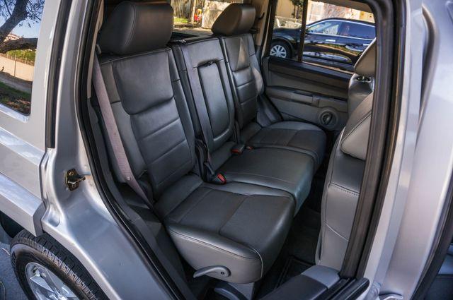 2007 Jeep Commander Sport in Reseda, CA, CA 91335