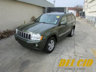 2007 Jeep Grand Cherokee Overland, HEMI! Leather! Sunroof! Very Clean! in New Orleans Louisiana, 70119