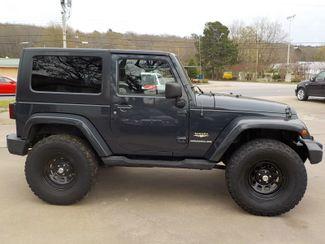 2007 Jeep Wrangler Sahara Fayetteville , Arkansas 3