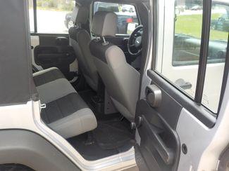 2007 Jeep Wrangler Unlimited X Fayetteville , Arkansas 11