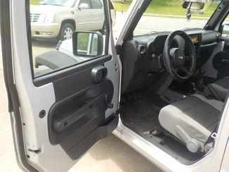 2007 Jeep Wrangler Unlimited X Fayetteville , Arkansas 7
