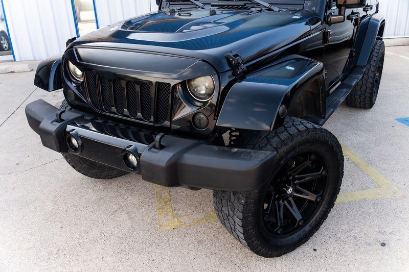 2007 Jeep Wrangler UNLIMITED SARAHA LIFTED CUSTOM WHLS/TRS VERY NICE  in Rowlett, Texas