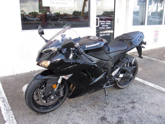 2007 Kawasaki Ninja ZX-6R in Dania Beach , Florida 33004