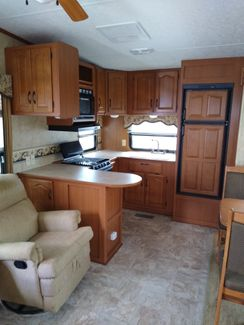 2007 Keystone Montana Mountaineer 307RKD  city Florida  RV World Inc  in Clearwater, Florida