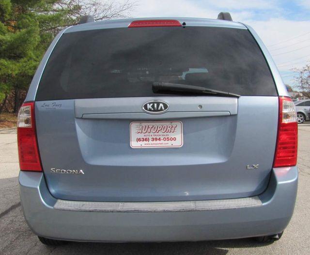 2007 Kia Sedona LX St. Louis, Missouri 3