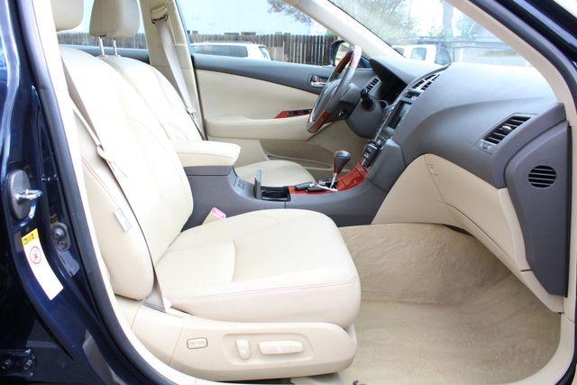 2007 Lexus ES 350 61K MLS NAVIGATION BACK-UP CAMERA AUTOMATIC SERVICE RECORDS 4-SETS OF KEYS in Van Nuys, CA 91406