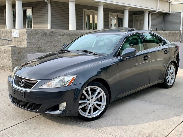 2007 Lexus IS 250 SEDAN 1-OWNER SERVICE RECORDS NEW TIRES in Van Nuys, CA 91406